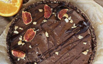 Tarta czekoladowa z awokado – raw, wegańska, bezglutenowa