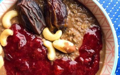 Gryczanka czekoladowa ze śliwką – kasza gryczana na śniadanie