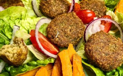 Najlepsze falafele z ciecierzycy- wegańskie kotleciki bez glutenu